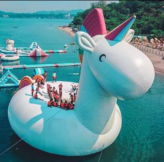 inflatableisland unicornzilla float