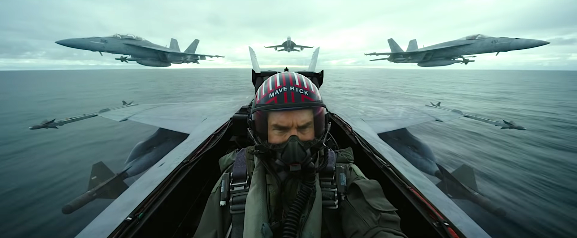 Top Gun: Maverick Once Again Has Tom Cruise Risking Life and Limb For Our Entertainment
