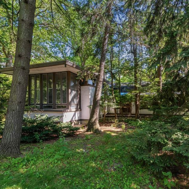 Frank Lloyd Wright's Baker House on Lake Michigan IS on the Market for $900,000