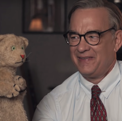 Mr Rogers Movie Trailer Tom Hanks Stars In A Beautiful Day In The Neighborhood