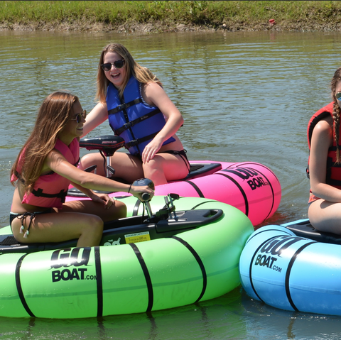 Water transportation, Inflatable, Inflatable boat, Tubing, Vehicle, Recreation, Raft, Boat, Fun, Lifejacket,