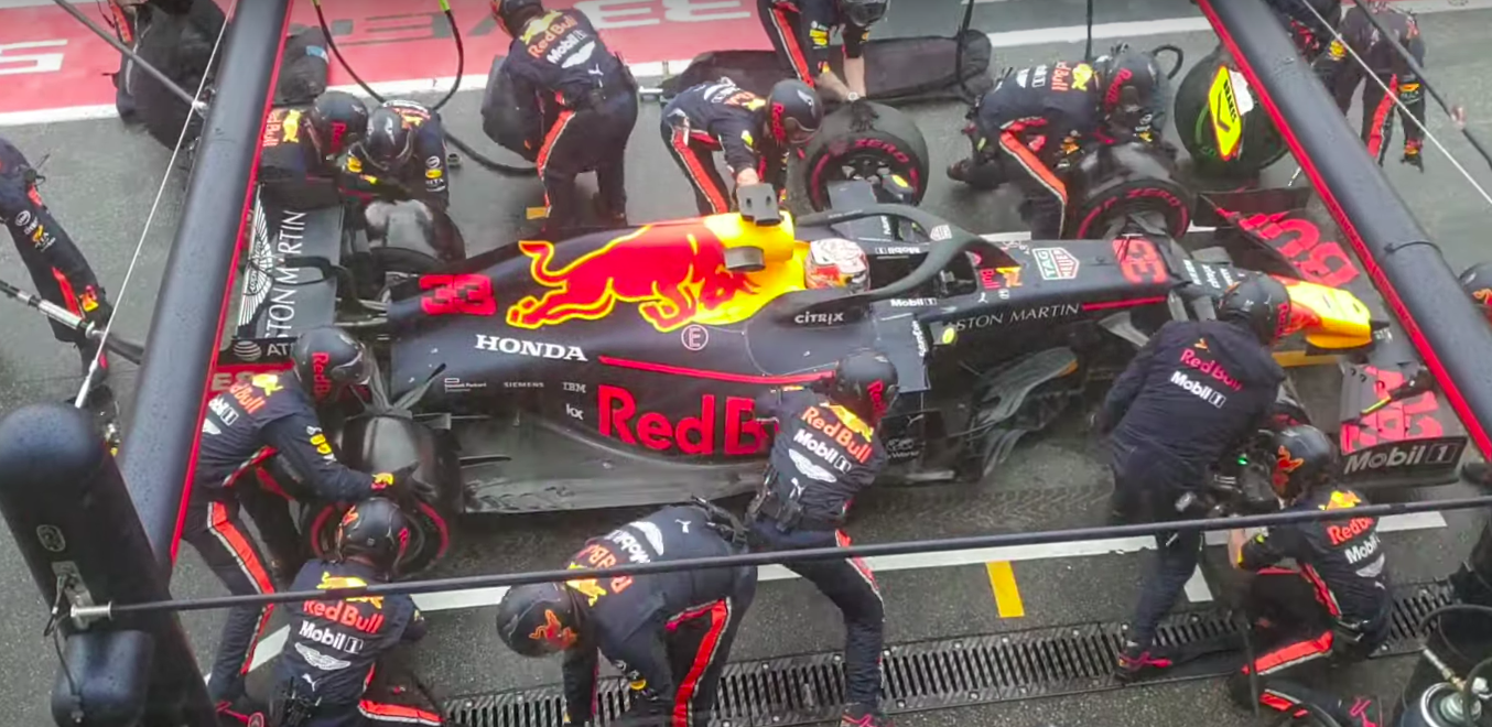 Fastest Formula 1 Tire Change of All Time - Video
