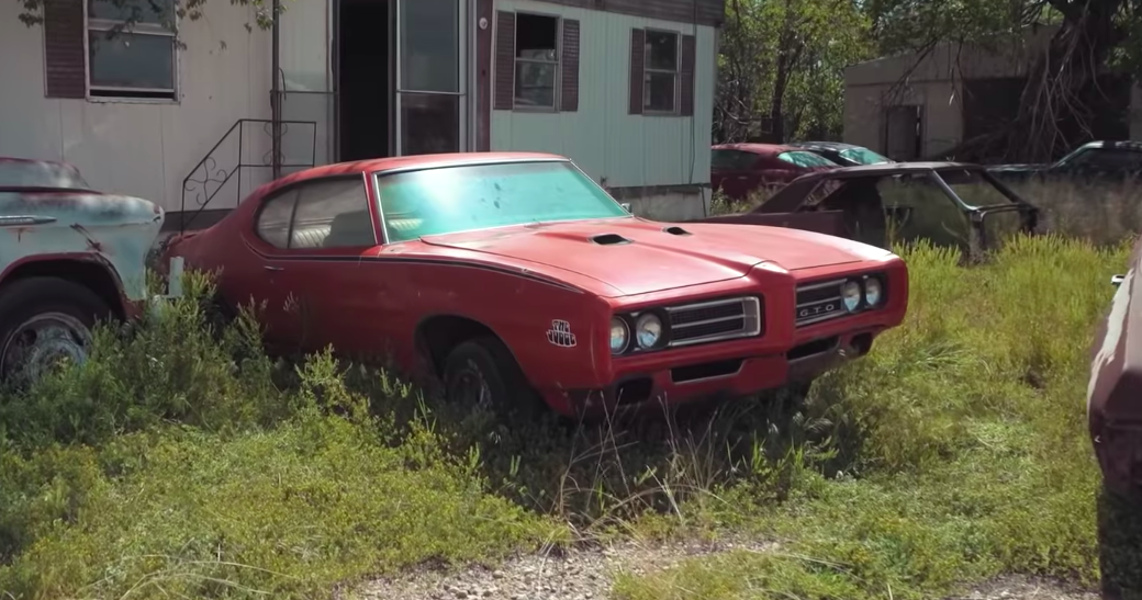 This Neglected Texas Field Is Full of Serious Vintage Muscle