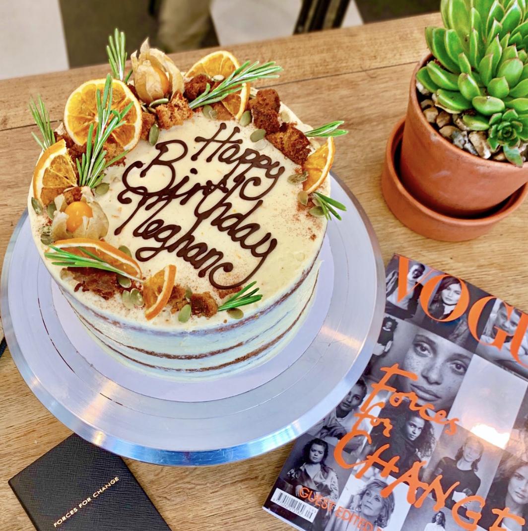 Imagini pentru duchess of sussex luminary cake birthday