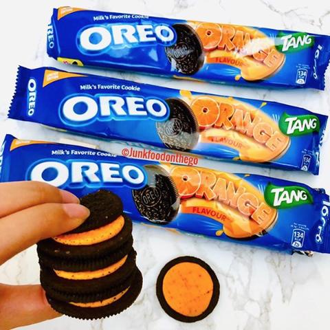 Oreo, Sandwich Cookies, Snack, Cookies and crackers, Food, Cookie, Baked goods, Junk food, Finger food, Ritz cracker,