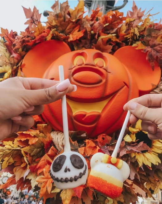 Disney Just Unveiled *A Lot* Of Halloween-Themed Treats For Fall