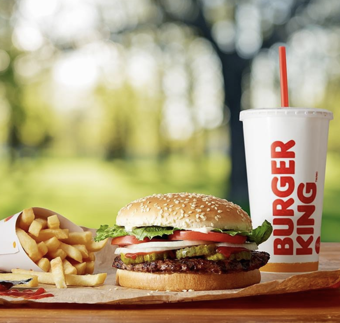 All Of The Restaurants And Fast Food Chains That'll Be Open This Labor Day