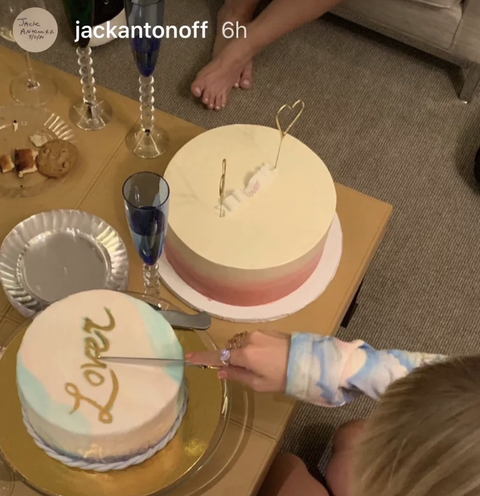 Groovy Taylor Swift Celebrates Lover Album Drop With Cake And Champagne Funny Birthday Cards Online Inifodamsfinfo
