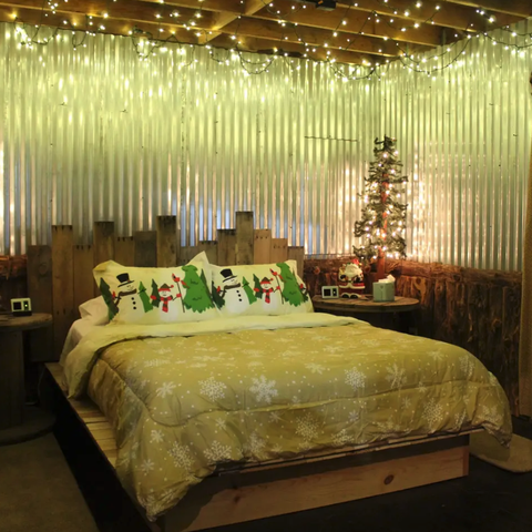 Bedroom, Furniture, Room, Bed, Interior design, Bed frame, Property, Bedding, Ceiling, Bed sheet,