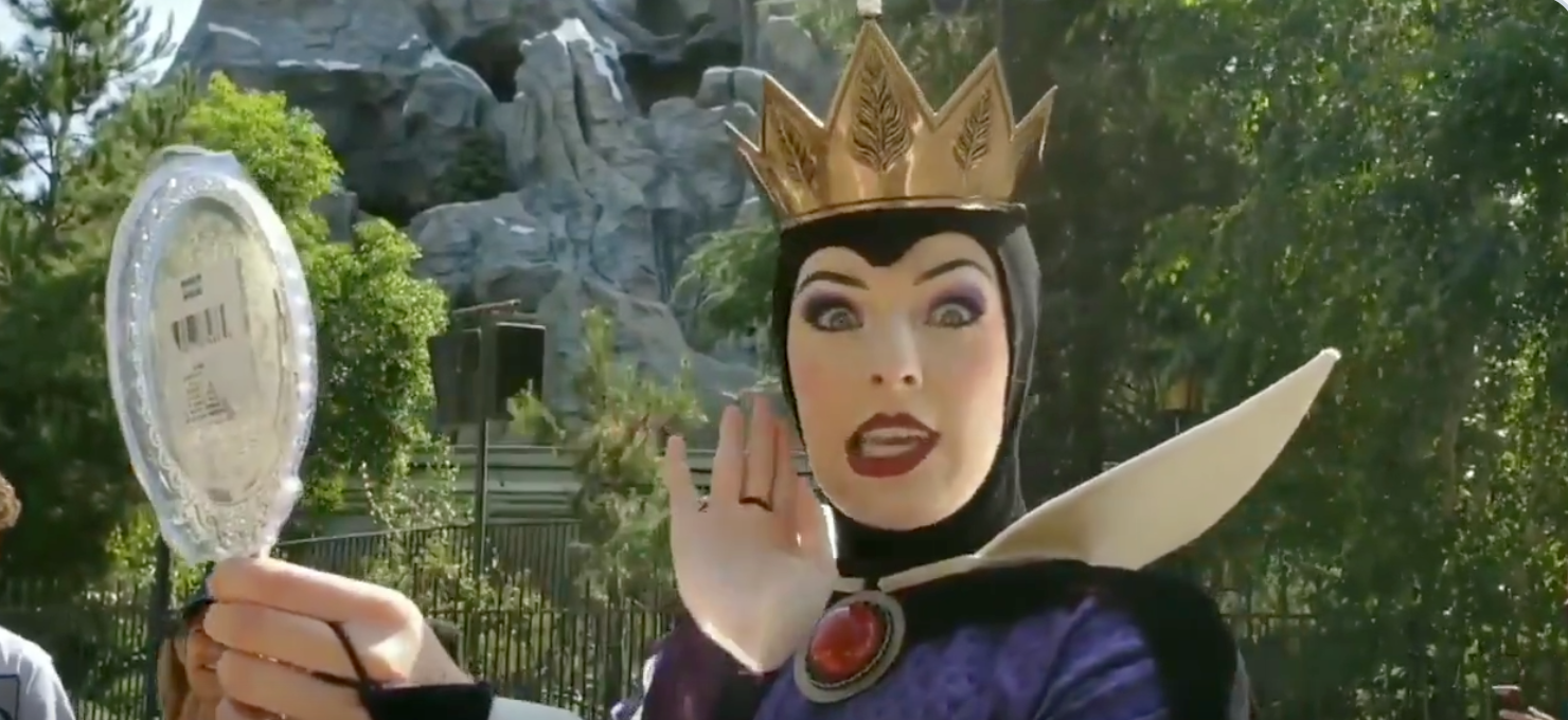 People Are Obsessed With The Disneyland Actress Who Plays The Evil Queen Disney snow white evil queen crown costume hat headpiece. disneyland actress who plays the evil queen