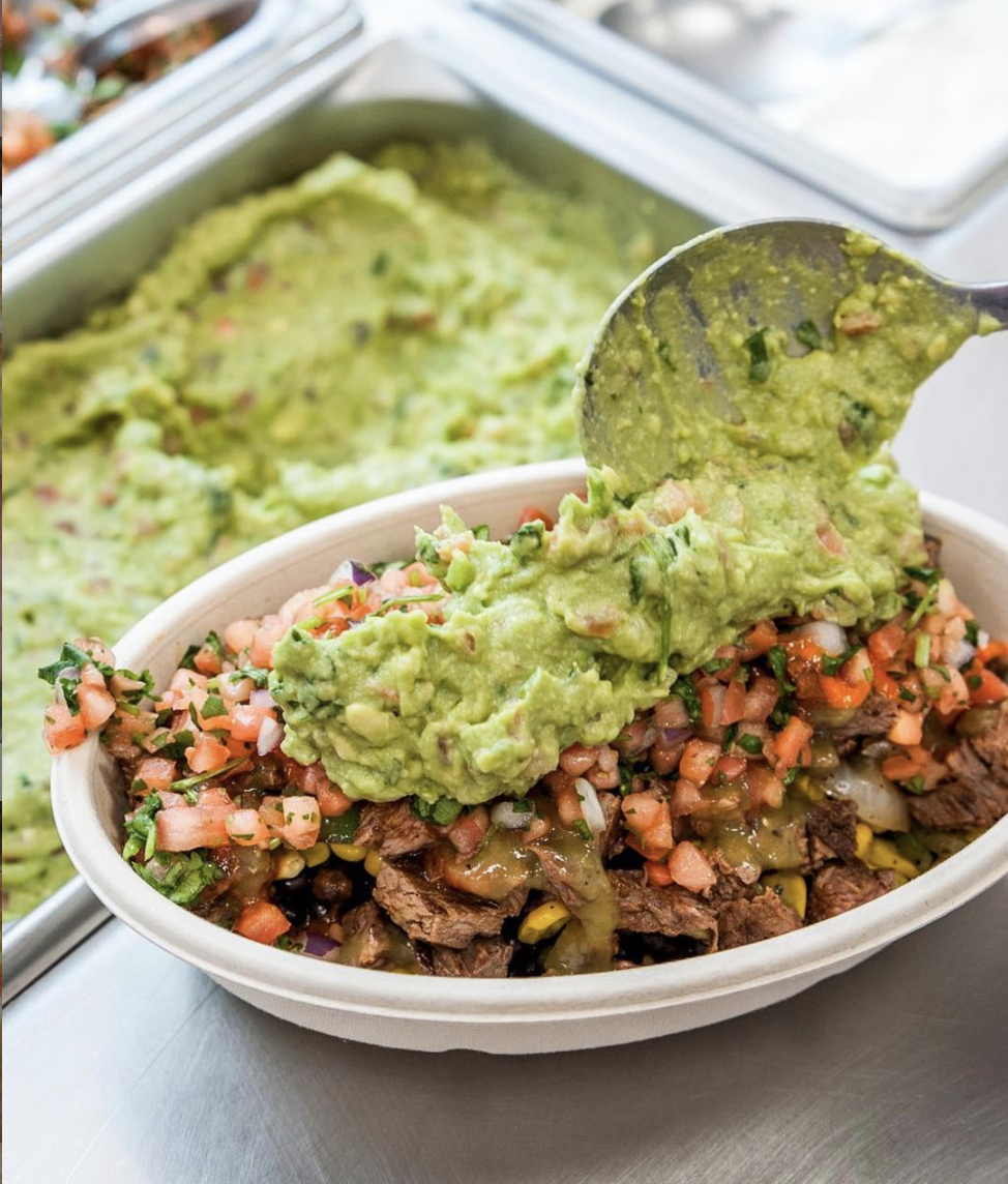 8 National Guacamole Day 2019 Food Deals That *Aren't* Extra
