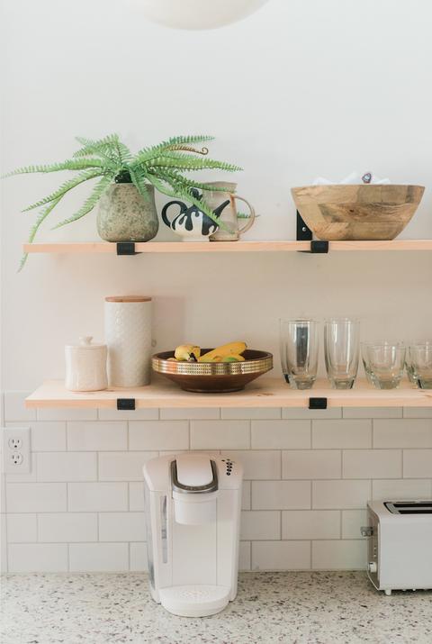 Shelf, Green, Room, Bathroom, Wall, Yellow, Tile, Furniture, Interior design, Floor,