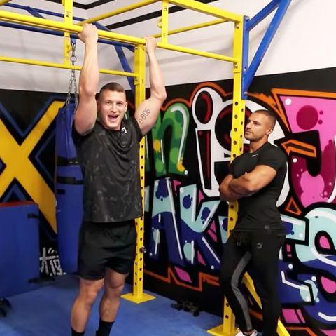 Graffiti, Physical fitness, Art, Sport venue, Room, Crossfit, Leisure, Mural, Style, Team,