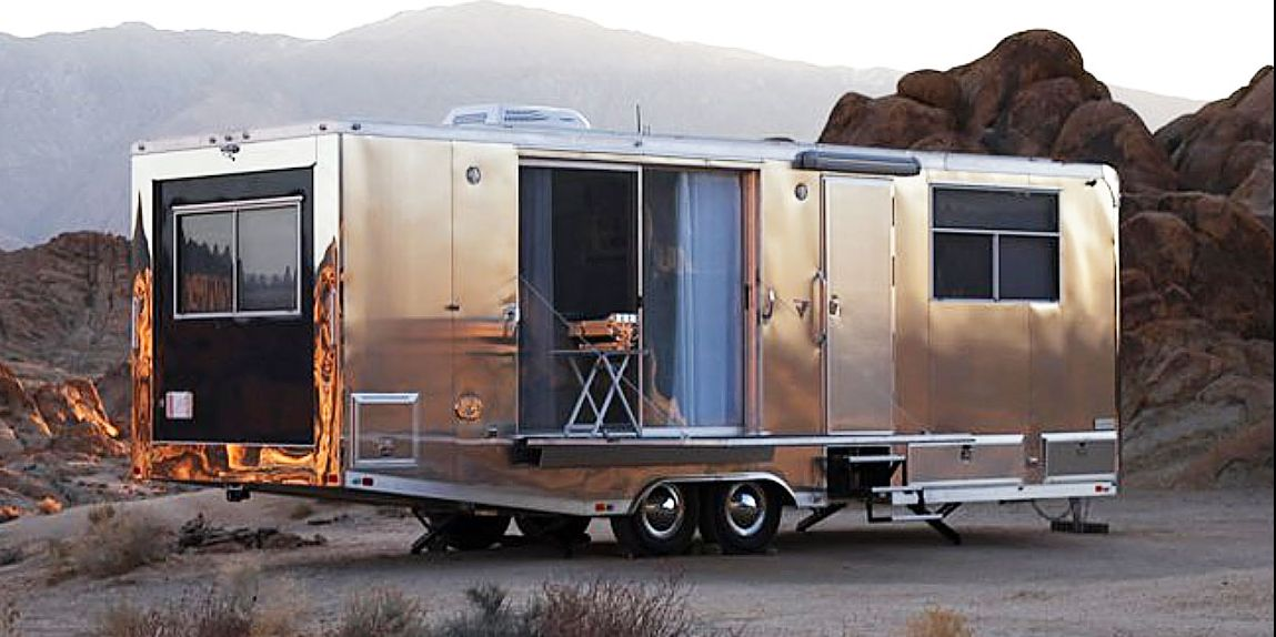 The Living Vehicle 2020 is the Perfect Luxury Trailer