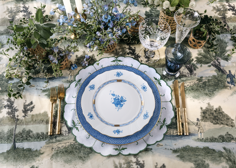 Gregory-blake-sams-green-blue-table-setting