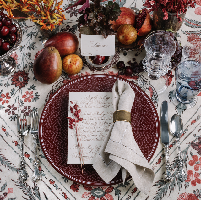 Gregory-blake-sams-red-table-setting
