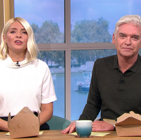 Holly Willoughby gives a lesson in effortless glamour