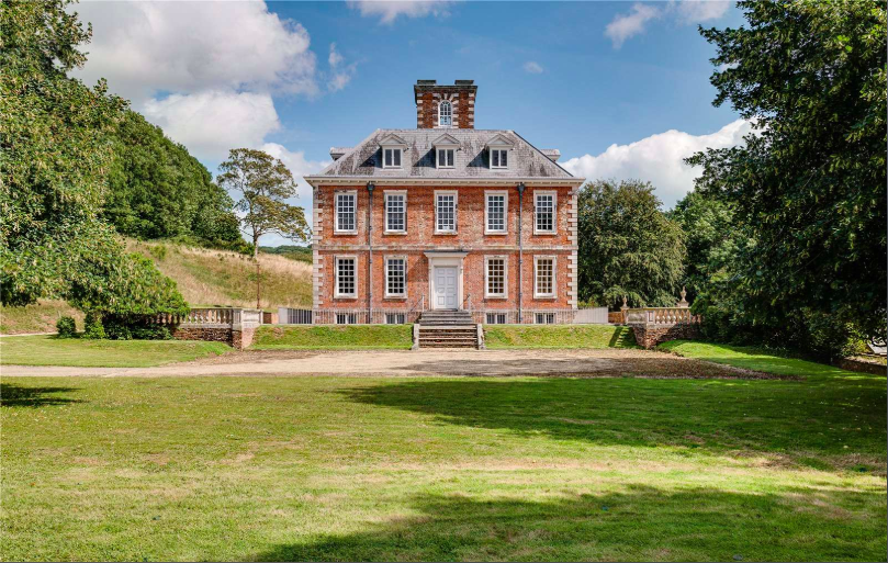 An exceptional Grade I-listed residence in Devonshire