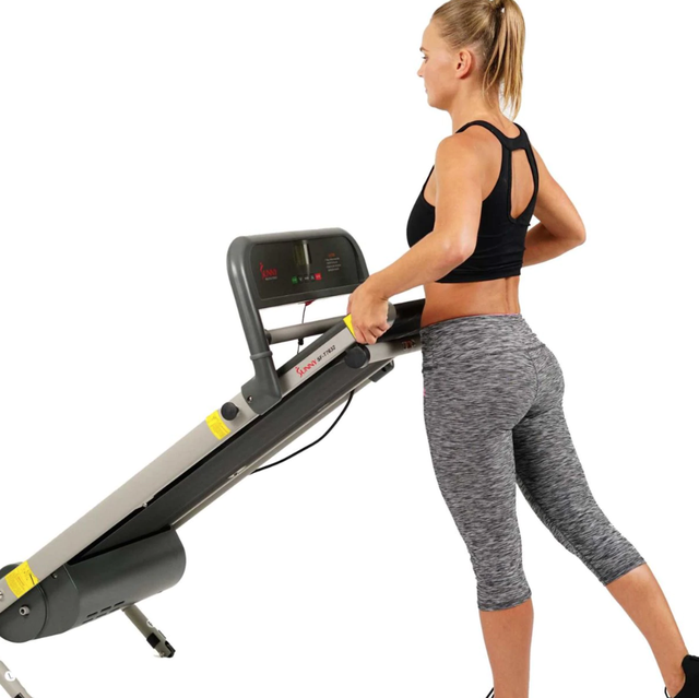 Exercise machine, Exercise equipment, Treadmill, Sports equipment, Arm, Physical fitness, Leg, yoga pant, Fitness professional, Thigh,
