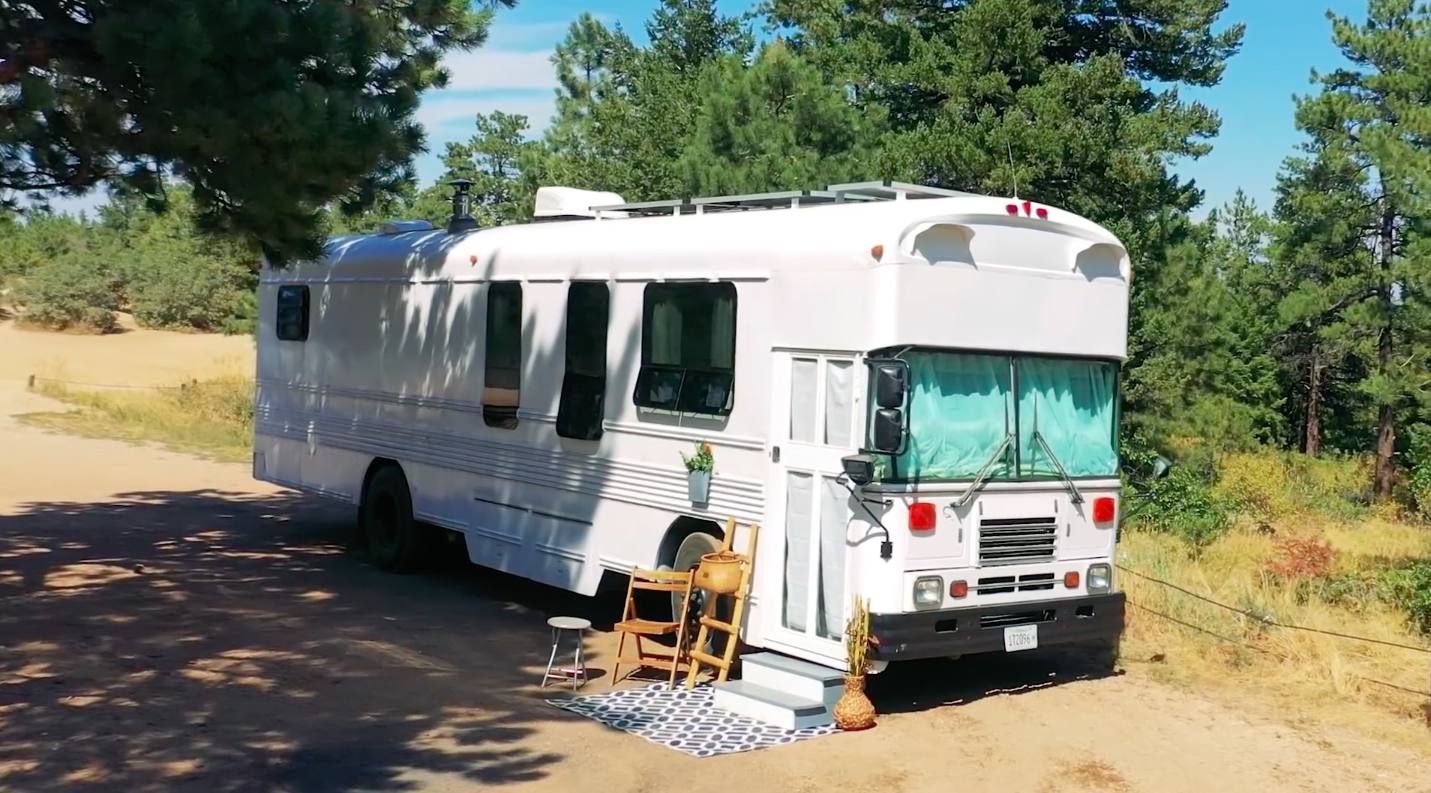 Watch This Couple Turn an Old School Bus Into an Incredible Tiny House