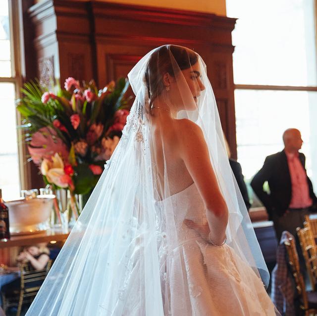 Photograph, Veil, Bride, Wedding dress, Ceremony, Gown, Bridal clothing, Dress, Wedding, Event,
