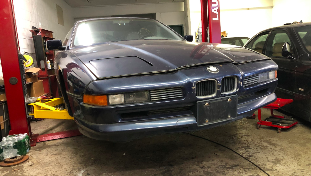 My $700 V-12 8-Series Project Is Already a Nightmare