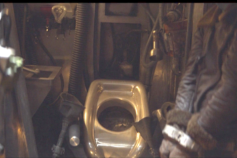 A Star Wars Bathroom Is Finally Revealed In The Mandalorian
