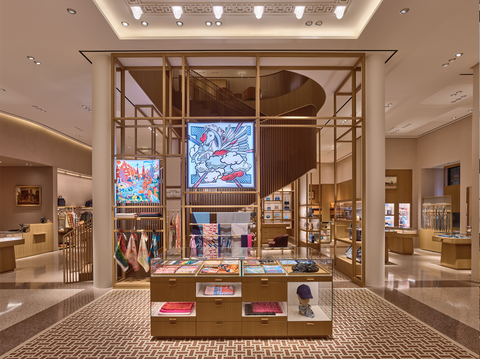 Building, Interior design, Shopping mall, Room, Retail, Ceiling, Lobby, Display case, Architecture, Outlet store,