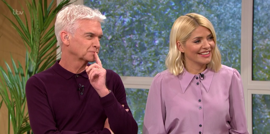 Holly Willoughby looks pretty in purple with cute print skirt