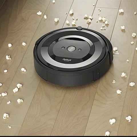 Electronics, Floor, Technology, Flooring, Auto part, Circle, Electronic device,
