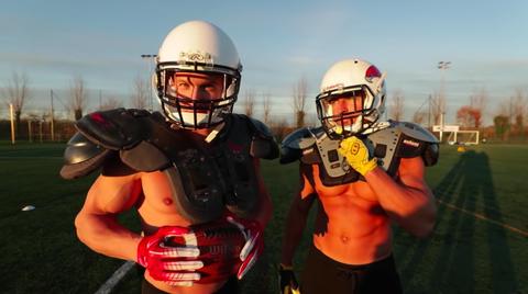 Sports gear, Helmet, Football gear, American football, Football equipment, Gridiron football, Personal protective equipment, Football helmet, Player, Sports equipment,