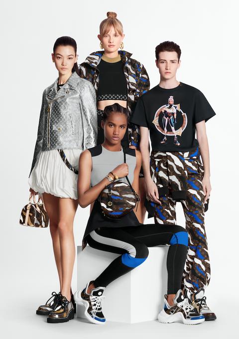 Fashion, Fashion model, Fashion design, Footwear, Photo shoot, Photography, Shoe, Sitting, T-shirt, Street fashion,