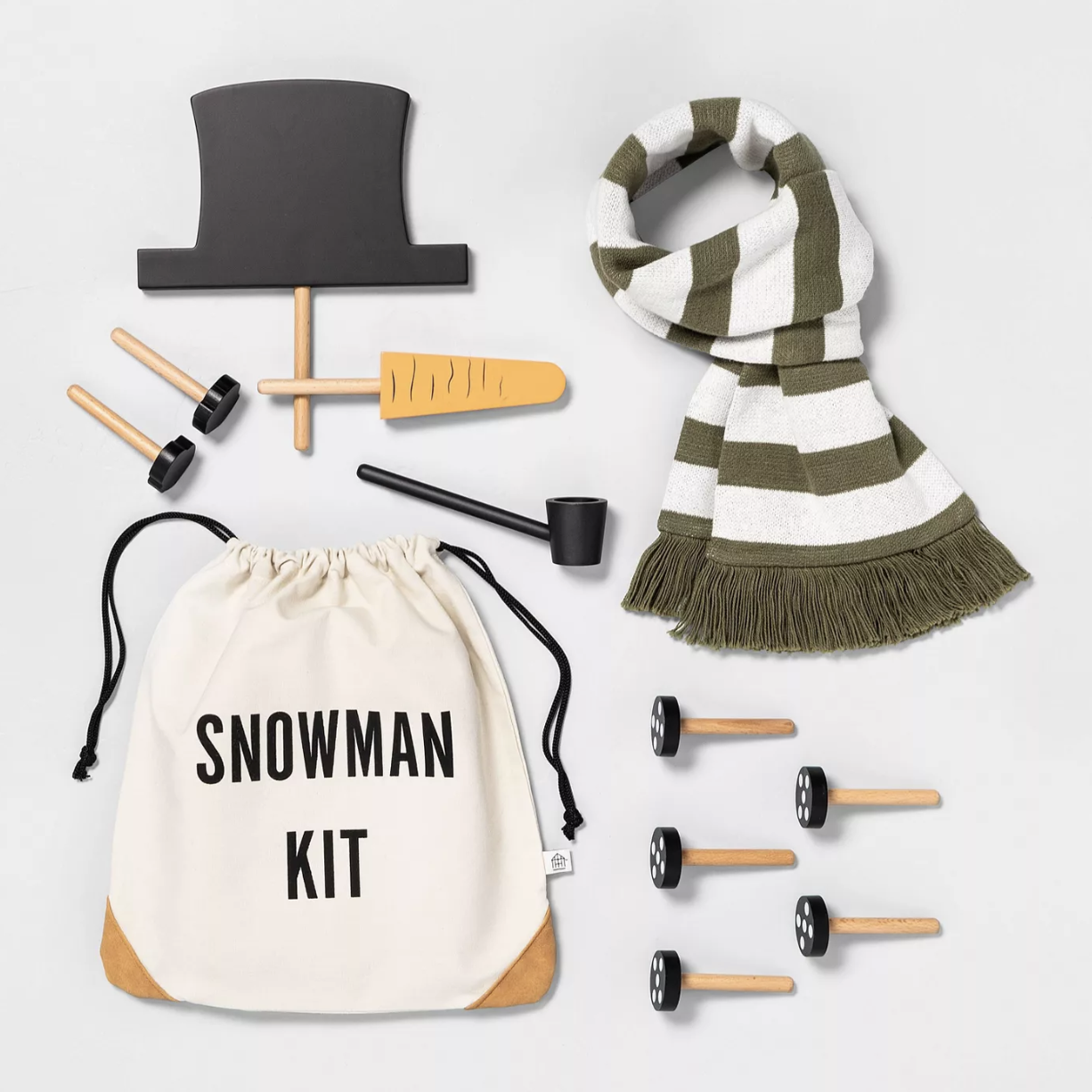Target's Snowman Kit Adds the Finishing Touches to Your Snowman