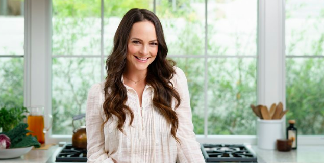 Celebrity nutritionist Kelly LeVeque spills what you need to know for 2020