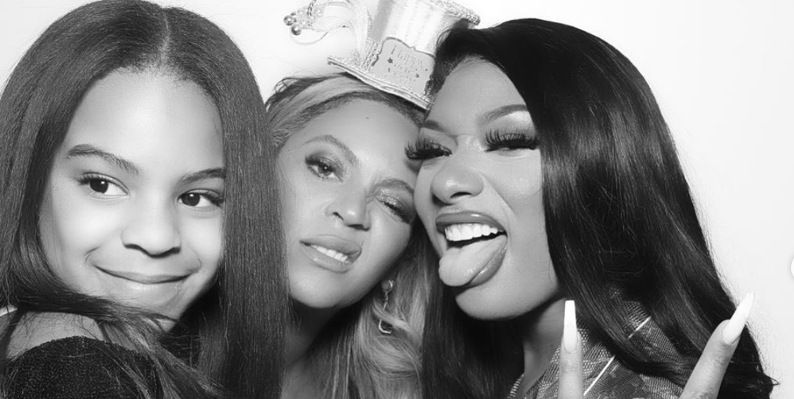 Beyonce And Blue Ivy Are Twins In A New Year S Eve Photo