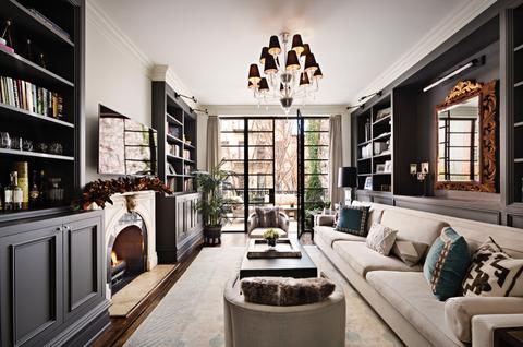 Living room, Room, Interior design, Furniture, Property, Building, Home, Shelf, Ceiling, Shelving,