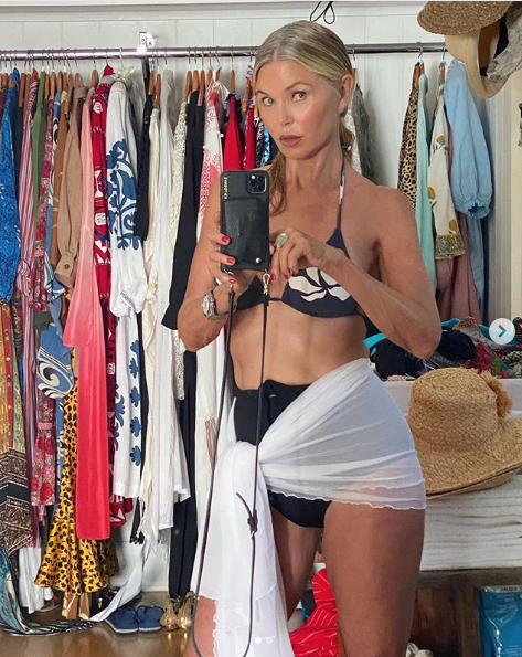 Fans Are Going Crazy for Christie Brinkley's Bikini Instagram Picture Showing off Her Gray Hair