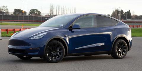 Land vehicle, Vehicle, Car, Motor vehicle, Tesla, Tesla model s, Sedan, Family car, Automotive design, Rim,