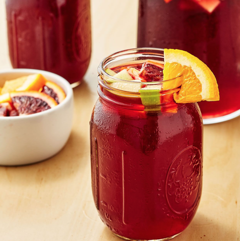 Drink, Tinto de verano, Juice, Food, Kalimotxo, Ingredient, Sangria, Punch, Vegetable juice, Fruit syrup,