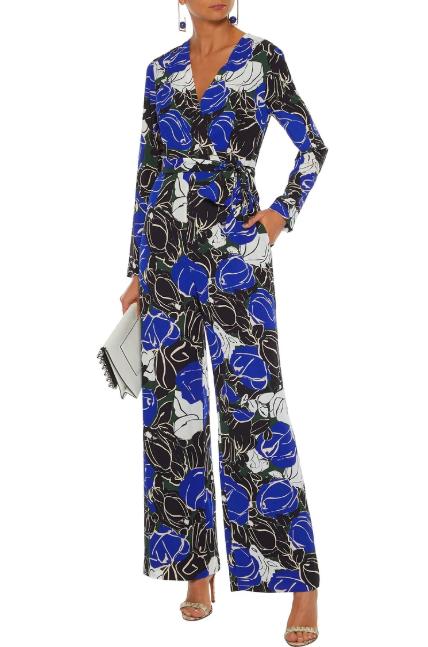 Clothing, Blue, Cobalt blue, Dress, Sleeve, Electric blue, Outerwear, Neck, Satin, Silk,
