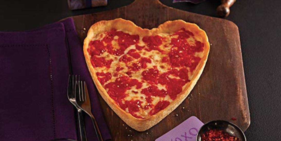 Вы можете заказать пиццу в форме сердца на Amazon на День святого Валентина