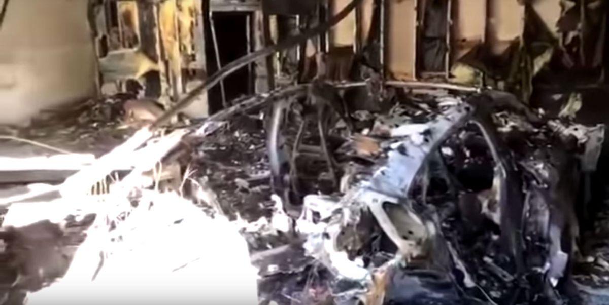 Porsche Taycan Goes up in Flames in Florida Garage