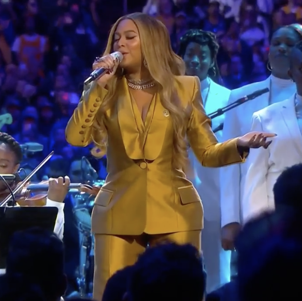 Beyoncé gave an emotional surprise performance at Kobe and Gigi Bryant's memorial