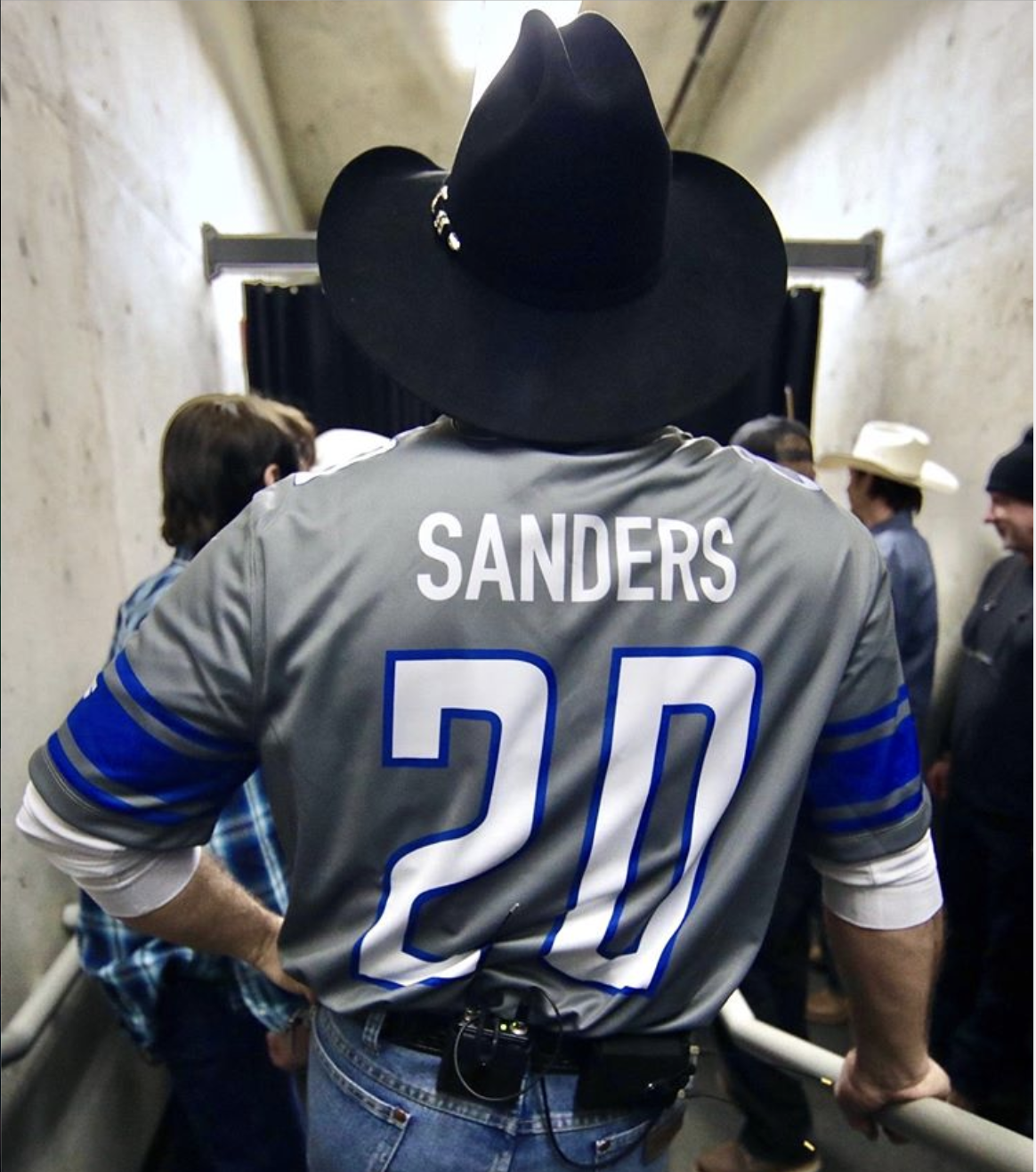 Garth Brooks's Barry Sanders Jersey Was Mistaken for Bernie Support in Detroit