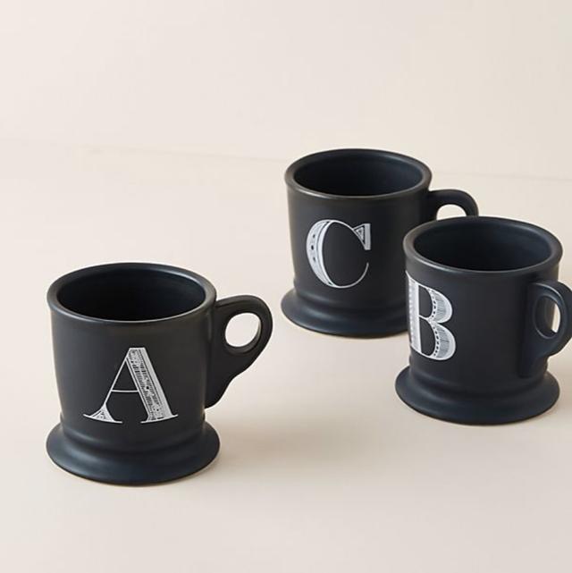 Mug, Cup, Cup, Drinkware, Serveware, Coffee cup, Product, earthenware, Tableware, Ceramic,