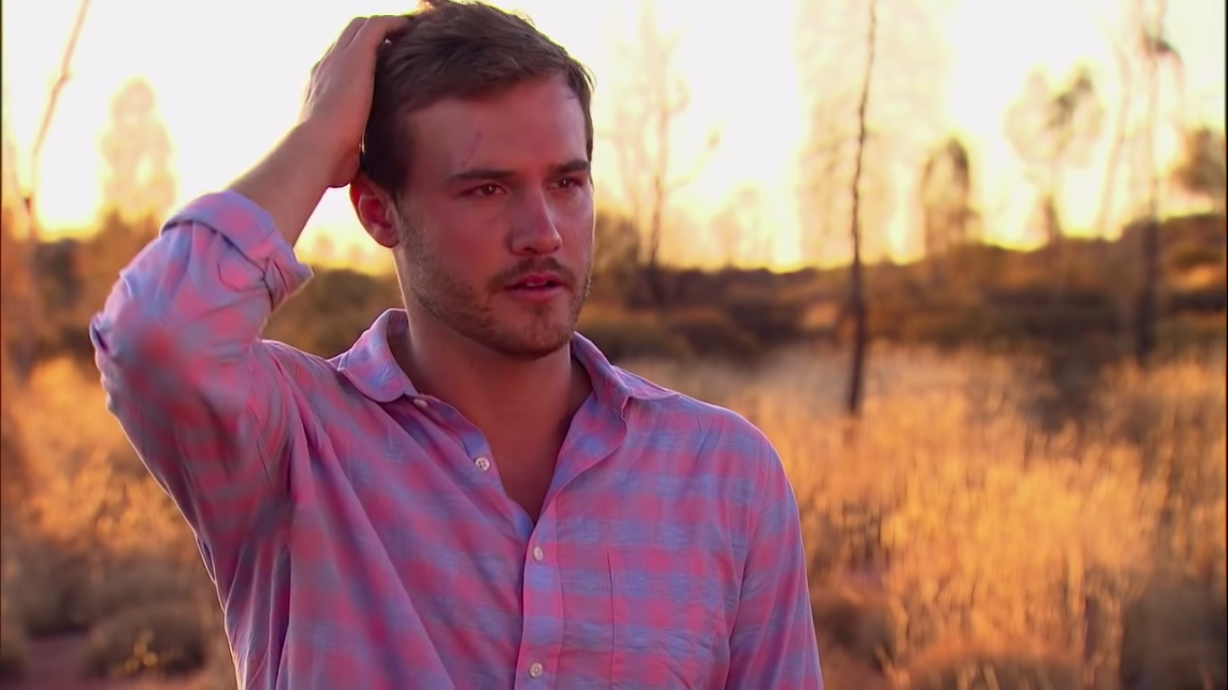 Fans Found Major Clues About The Bachelor's Ending Thanks to Peter Weber's Freakin' Shirts