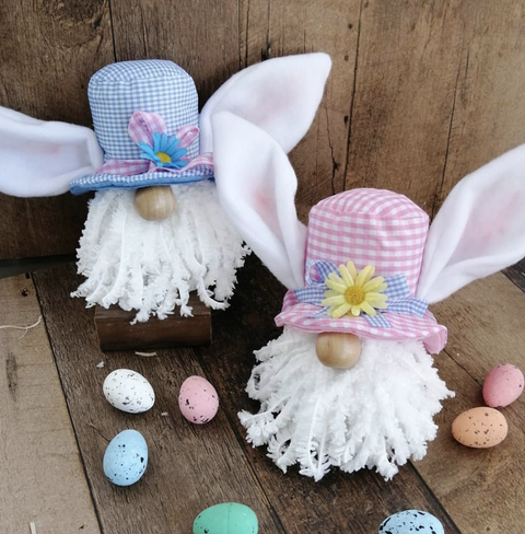 Crochet, Easter, Headgear, Footwear, Petal, Easter egg, Child, Hair accessory, Fashion accessory, Feather,