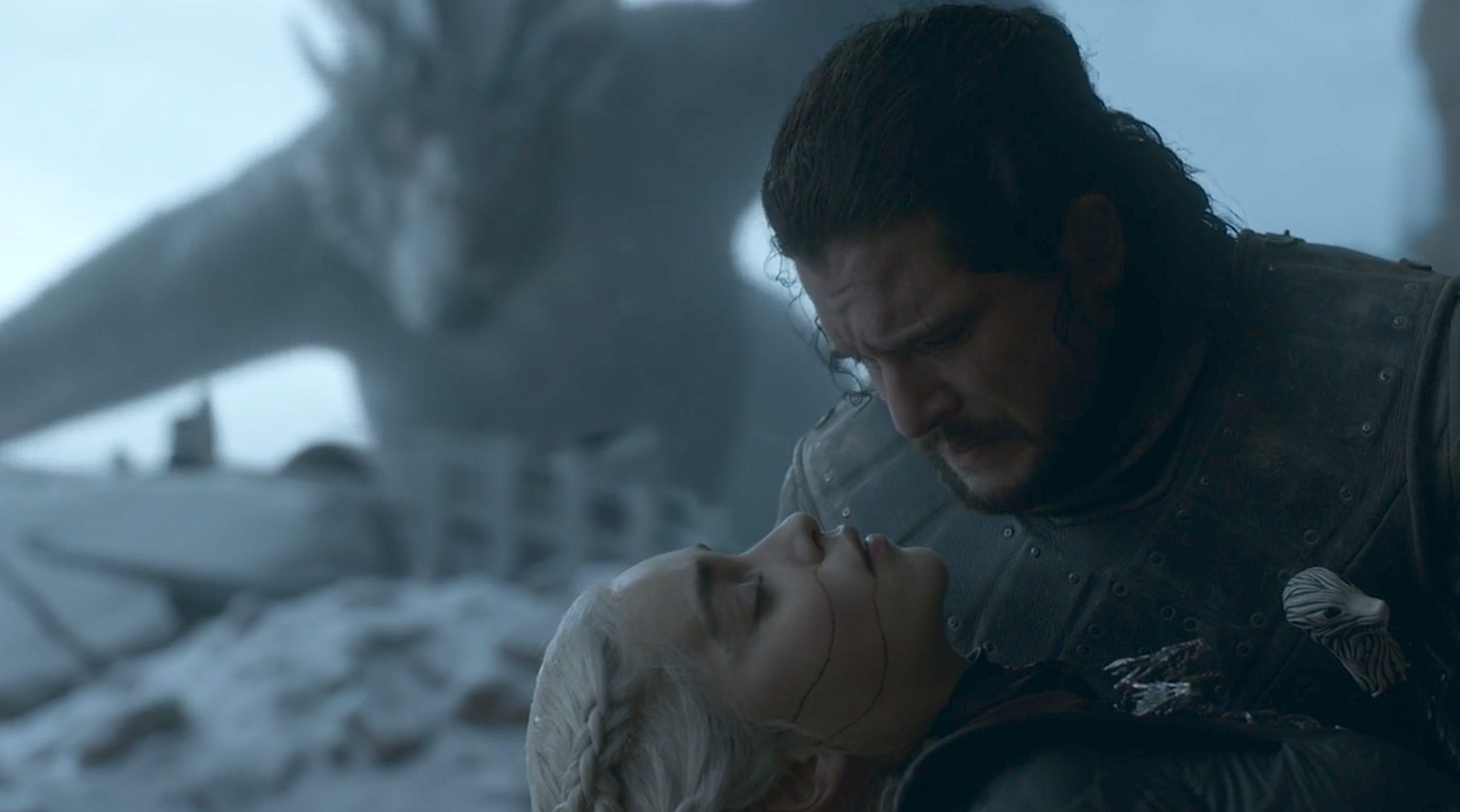 Emilia Clarke Game Of Thrones Ending Got Star Explains Why She S Annoyed With Daenerys And Jon Snow S Conclusion