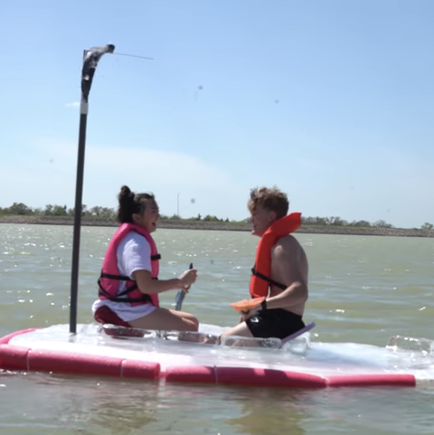 Water transportation, Water sport, Outdoor recreation, Vehicle, Recreation, Sports, Watercraft, Paddle, Boating, Boat,