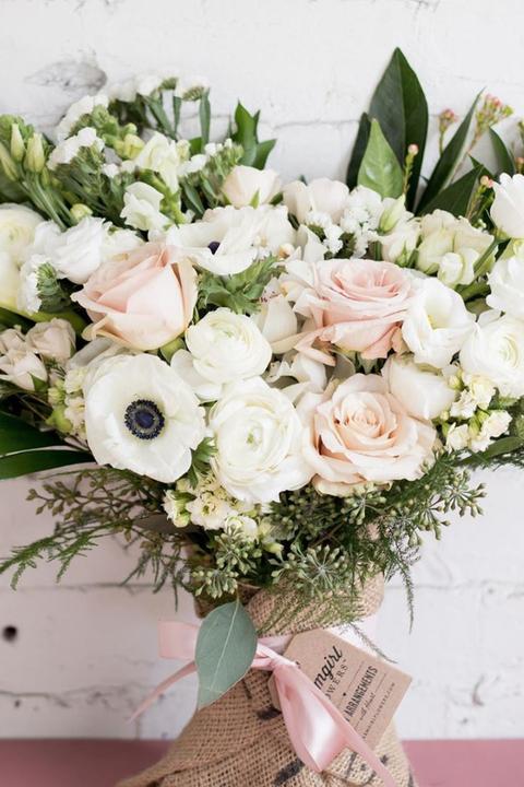 Flower, Bouquet, Flower Arranging, Floristry, Cut flowers, Rose, Plant, Floral design, Garden roses, Rose family,